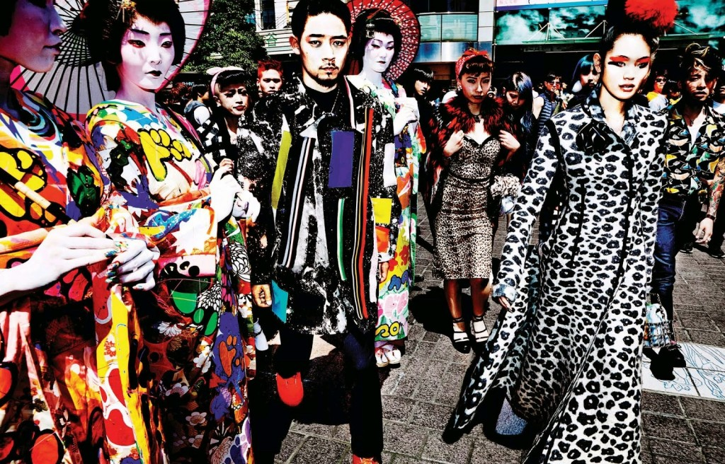 Chiharu-Okunugi-by-Mario-Testino-for-Vogue-Japan-November-2014-8
